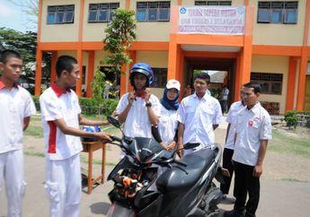 Siswa SMK Bikin Helm Canggih, Teknologi Helm Pintar Pertama di Dunia?
