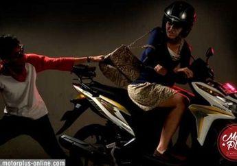 Aksi Dua Remaja Putri Kejar Jambret HP Ini Penuh Perjuangan Bro.., Salut!