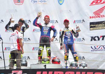 Sengit, Gupita Kresna Juara Race 1 Kejurnas Sport 150 Seri 5 di Sentul