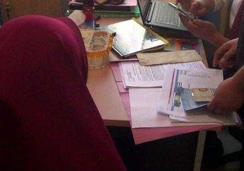 Wanita Ini Ditahan Polisi Karena Tulis Status Tentang Tilang