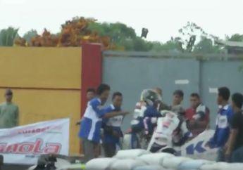 Memalukan! Video Detik-detik Dua Pembalap Adu Jotos Usai Tabrakan dan Rusuh di Pinggir Sirkuit