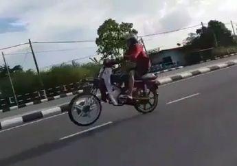 Bikin Ngilu! Detik-detik Ban Depan Honda Astrea Prima Copot, Rupanya Gara-gara Ini