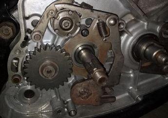 Jangan Sembarangan! Begini Teknik Bongkar Dudukan Laher Crankcase Yamaha RX King