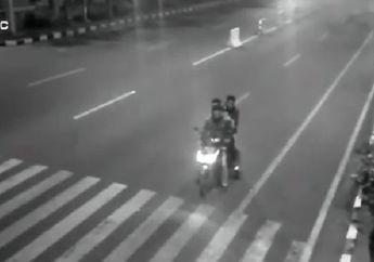 Pelanggar Lalin Kehilangan Motor Gara-gara Kena Tegur Speaker CCTV Palsu