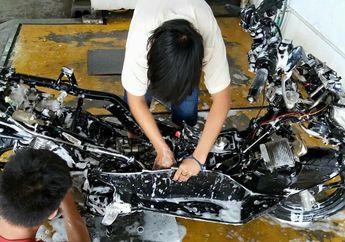 Musim Hujan Tiba, Ini Dua Hal yang Haram Dilakukan Saat Cuci Motor
