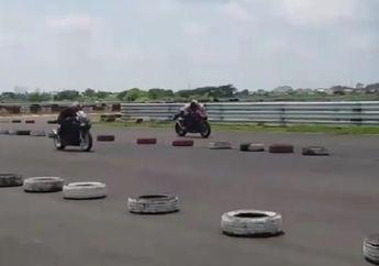 Sadis! Video Detik-detik Honda CBR250 Asapi All New Kawasaki Ninja 250 Ditrek Lurus