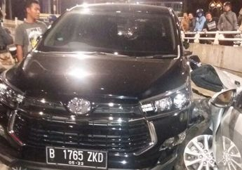 Kronologi Kecelakaan Toyota Camry Yang Tabrak Yamaha Jupiter di Pondok Indah