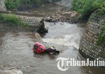 Akibat Tidak Kuasai Medan, Pengendara Ninja 250 Jumping ke Sungai Kresek