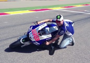 Bikin Melongo.. Pas Nikung Ban MotoGP yang Nempel di Aspal Cuma Seukuran KTP, Lihat Videonya