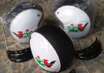 Bukan Cuma Mangkok Bakso, Enggak Tahunya Ada Helm Digambar Ayam Jago Bro