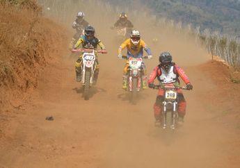 Adi Ceto dan Chikal Faizal Boyong Motor di Ajang Grasstrack dan Enduro Bandung