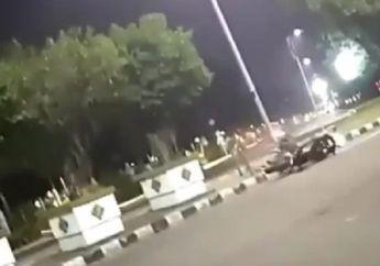 Ngeri... Video Detik-detik Kids Zaman Now Cornering di Monas, Hilang Kendali dan Tabrak Pembatas Jalan