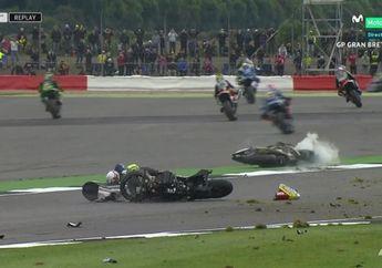 Hampir Kehilangan Nyawa, Lihat Video Insiden Brutal Pol Espargaro dan Loris Bas di MotoGP Inggris