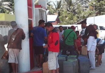 Pasca Gempa Palu Stok BBM Habis, Antrean Kendaraan Mengular di Pom Bensin, Pedagang Eceran Untung Besar