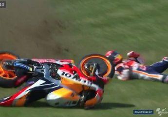 Dasar 'Alien', Jatuh dan Terseret Motor di FP1 MotoGP Australia 2018, Marc Marquez Enggak Apa-apa