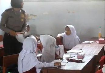 Viral,  Imbas Guru Honorer Mogok Massal, Polwan Jadi Guru SD Dadakan di Indramayu