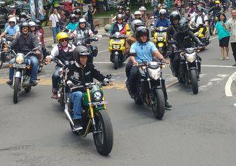 Mantap! Lampu Motor Custom Jokowi Sudah Menyala Saat Riding di Bandung