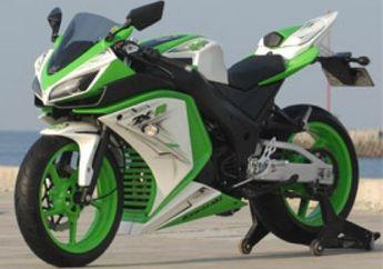 Kawasaki Ninja 250R, Bodi Kit Versi Pahe 5.3 Dari Lent Automodified