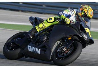 R1 2015 Hasil Tes Rossi Akan Dijual Di Indonesia