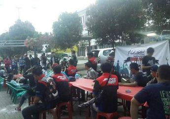 Yamaha R15 Club Indonesia All Chapter Berbagi Di bulan Ramadhan