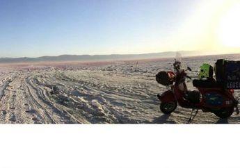 Keren Banget Nih, Skuteris Italia Riding untuk Ikut Vespa Days di Jogja