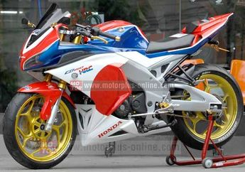 Modif Kolaborasi All New Honda CB 150R Ala Dealer Honda Delta Sari Agung