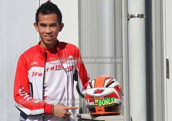 Helm Spesial Pembalap Indonesia Gerry Salim