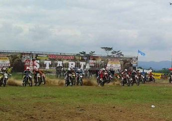 Kejuaraan Nasional Motocross Seri 3 Sebanyak 250 Starter Turut Serta