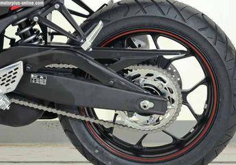 Teknologi Yamaha YZF-R25, Meski Tanpa Link Namun Wheel Travel Arm Lebih Panjang