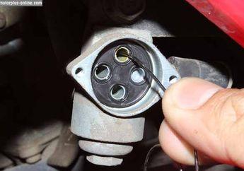 Mesin Motor Brebet, Bisa Jadi Karena Kondisi Keran Bensin yang Mampet!
