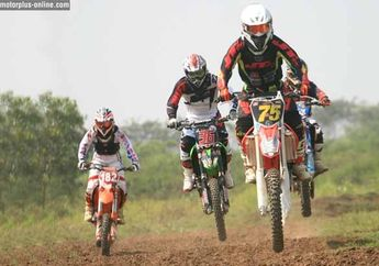 Demi Regenerasi, Balap Motocross Karawang Modal Patungan. Wah.., Patut Ditiru Idenya