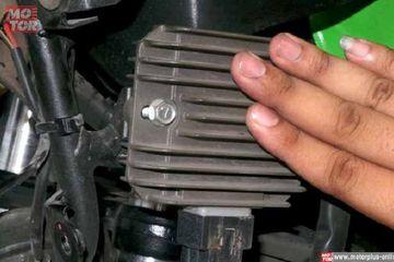 Pakai Telapak Tangan Kondisi Kiprok Motor Yang Rusak Bisa Terdeteksi Lho Semua Halaman Motorplus