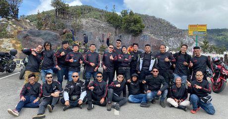 Seru Banget, 23 Bikers dari Komunitas Z900 Baikaa Indonesia Turing Awal Tahun Keliling Bandung