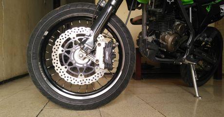 Ban Motor Tubeless Enggak Cocok Buat Pelek Jari-jari, Begini Kata Produsen Ban Motor