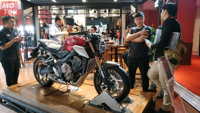 Honda CB650R Sold Out!