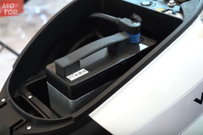 Baterai Viar New Q1, ada satu hal yang enggak boleh dilakukan saat mencuci motor listrik