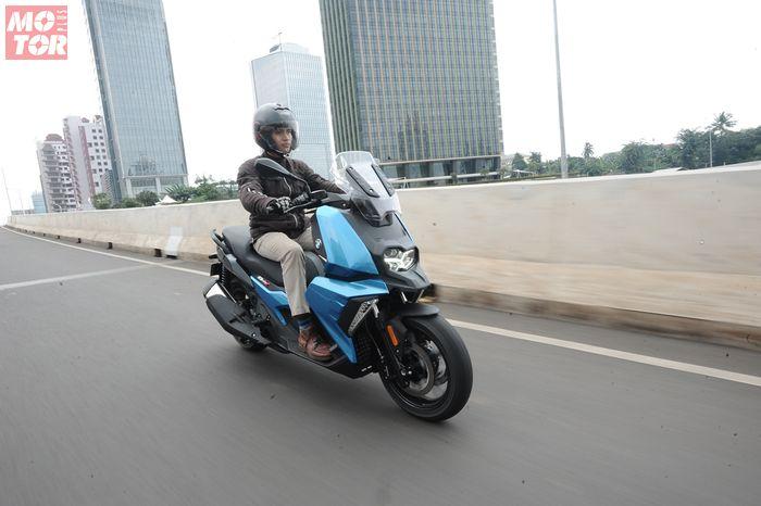 Motor matic baru BMW C400 X