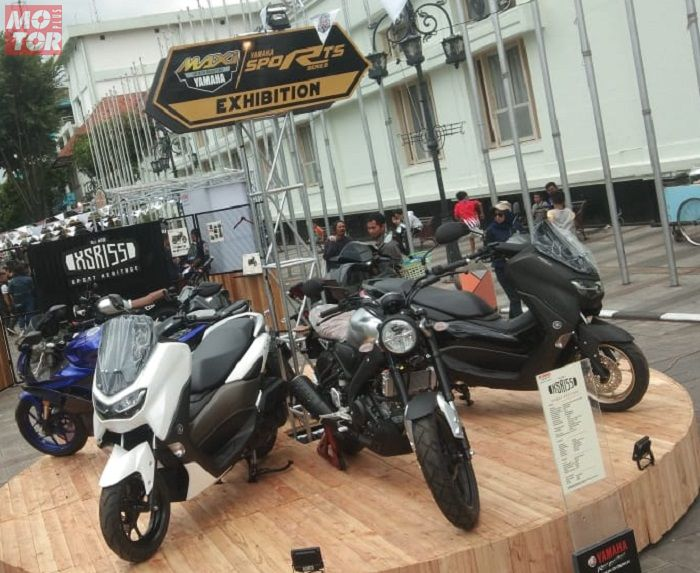 "Semplakan merk Yamaha all type mulai lansiran lawas hingga type teranyar memadati area event ""Yamaha Motobike Heritage"" di Cikapundung River Spot Jalan Ir.Soekarno."