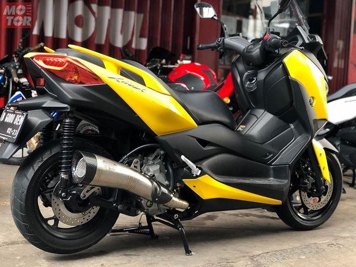 Knalpot R9 H2 Series untuk Yamaha XMAX 250.