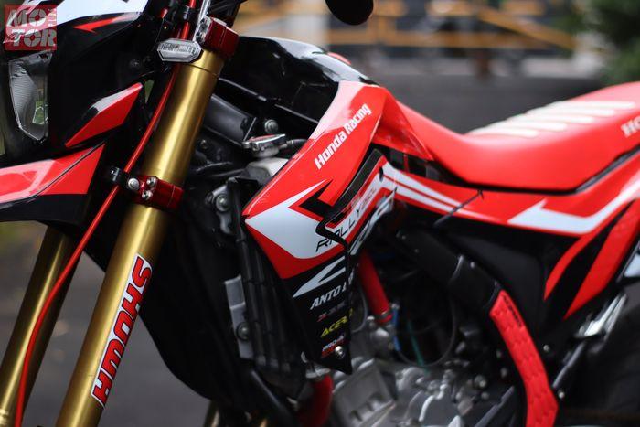 Pakai 'baju' Honda CRF250L.