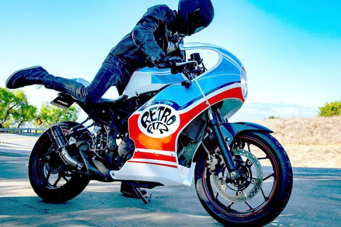 Yamaha R3 jadi cafe racer