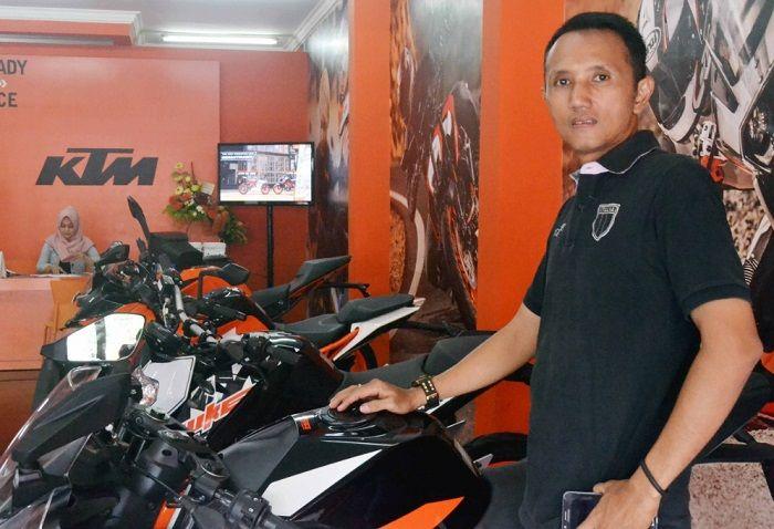 Tri R. Sugiharto selaku PIC acara dan Kepala Cabang KTM Surabaya, Jatim.