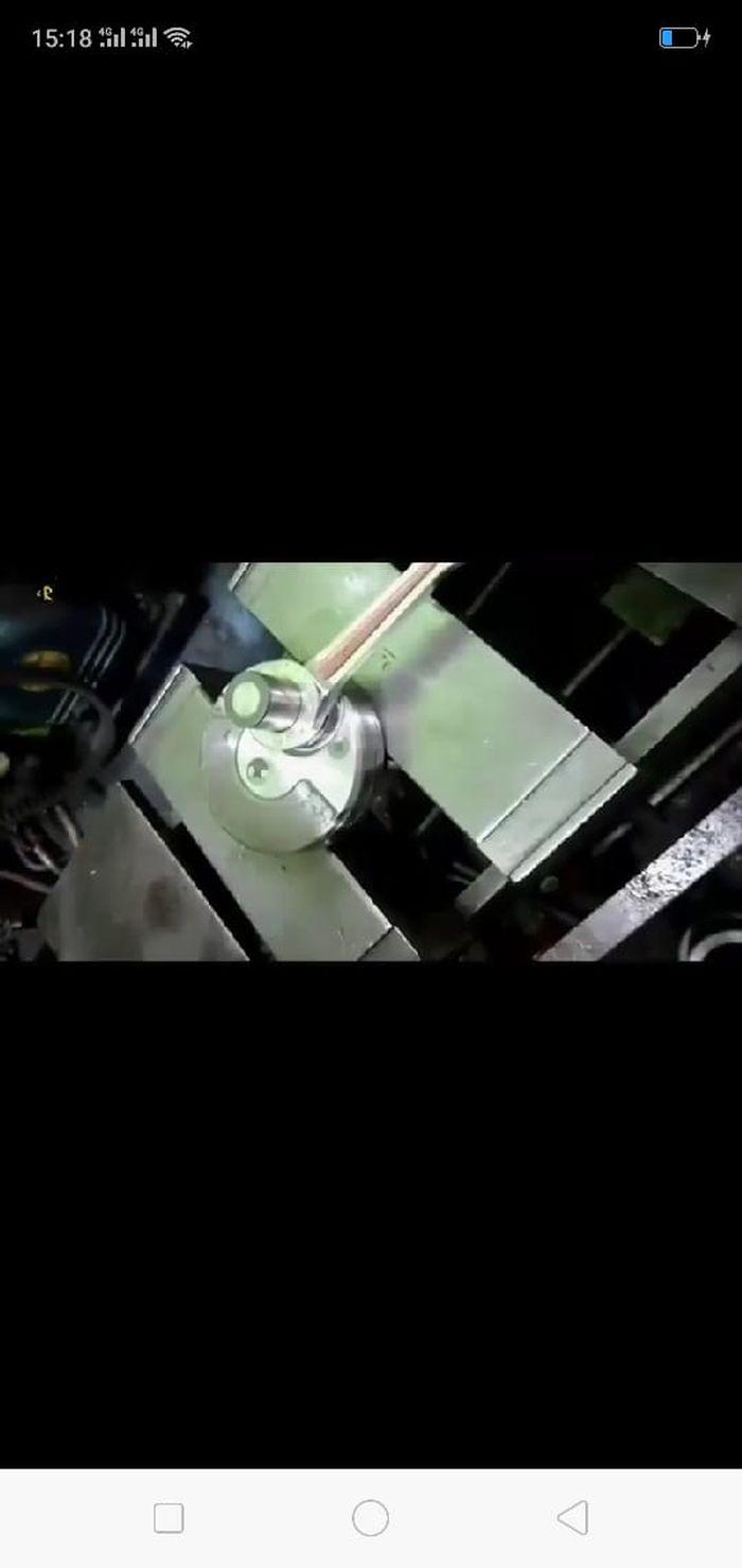 Rongga dan lubang pin kruk as ditutup aluminium