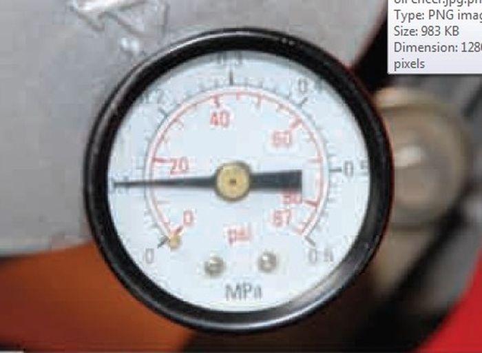 Oli kentl tekanan 0,1 MPa (Mega Pascal) atau sekitar 14,5 psi