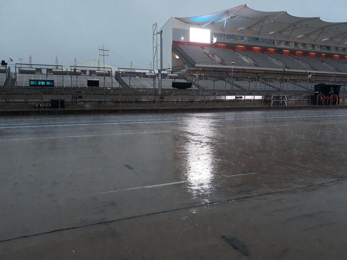 Hujan deras saat FP3 MotoGP Amerika 2019