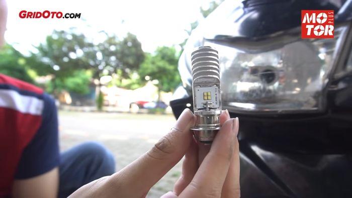 Pasang Lampu LED di Motor Lawas