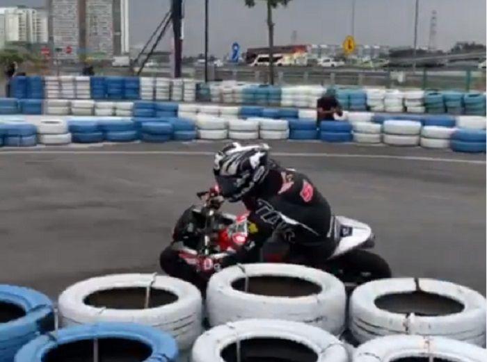 Hafizh Syahrin saat berlatih di Malaysia sebelum balap MotoGP Jerez digelar.