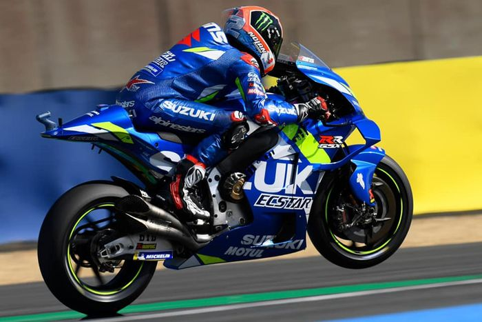 Motor MotoGP Suzuki GSX-RR, gak nyangka bagian paling enteng yang nempel di motor motogp