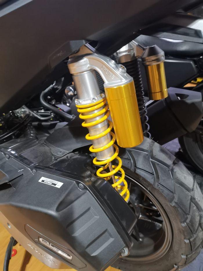 Dibikin khusus dengan panjang sokbreker belakang skudav Honda ADV