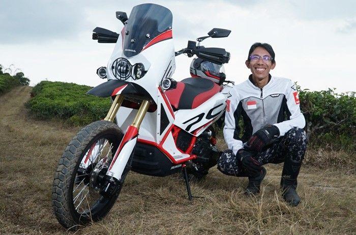 Honda PCX garapan Tony punya konsep adventure